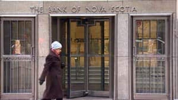 mi-bc-121109-banking-refused-5