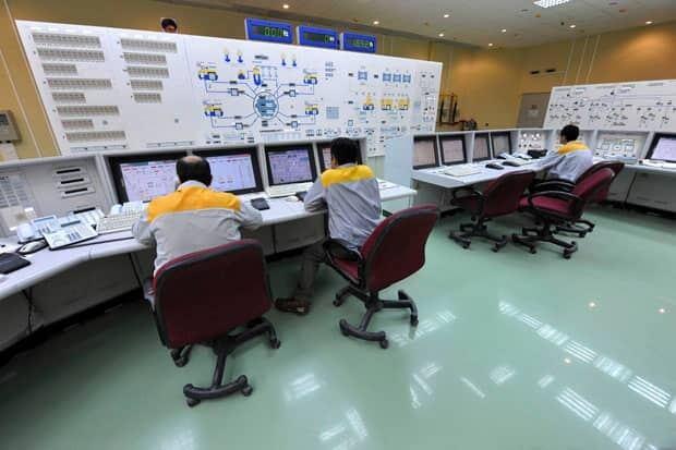li-620-bushehr-nuclear-plant-iran-9803687