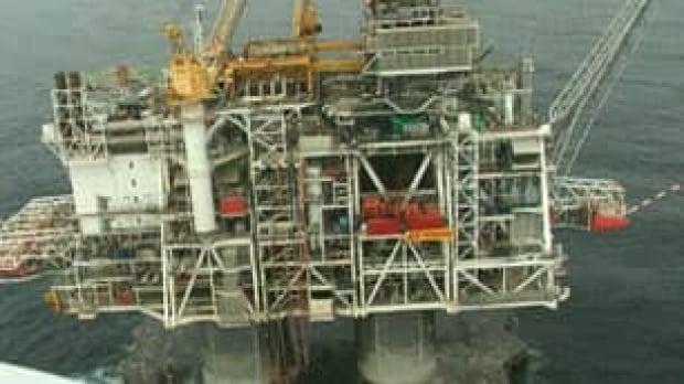 nl-offshore-oil-rig-cbc1