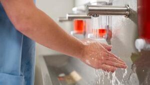 hi-doctor-handwash-istock