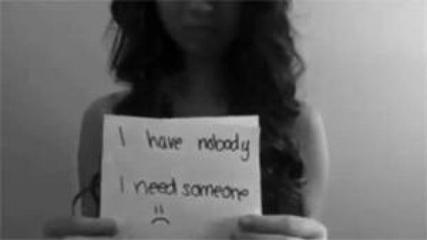 mi-bc-121118-amanda-todd-video