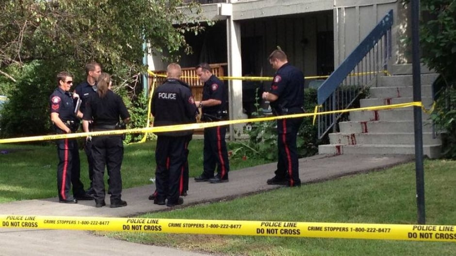 Man found bleeding outside apartment building | CBC News