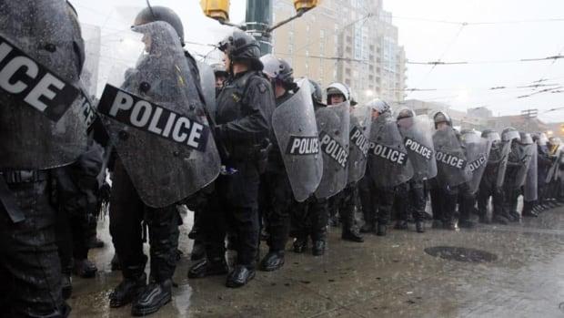 G20 Toronto kettling