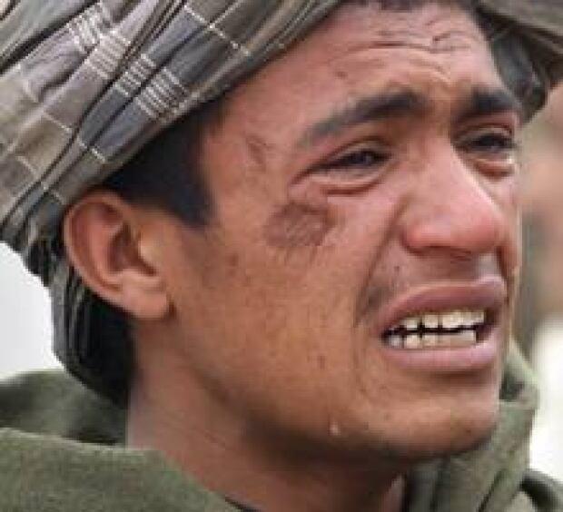 220-afghan-attack-02297376