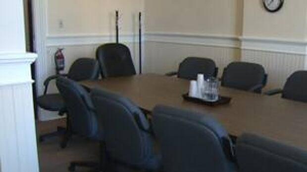 nl-jury-room-20121121