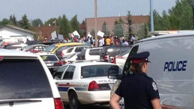 CBC's Matthew Kupfer has reported a heavy police presence at Belmead Community League in west Edmonton.