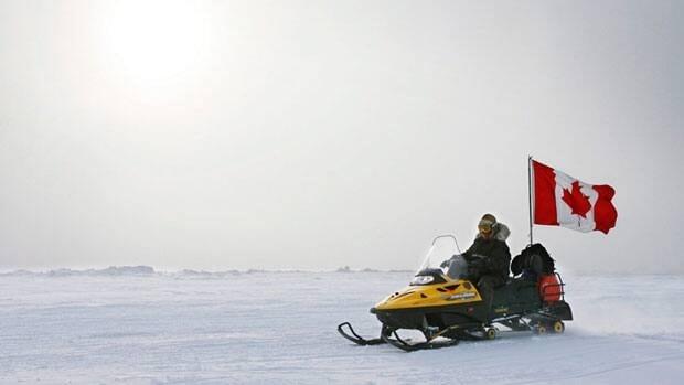 li-arctic-snowmobile-can-flag-cp