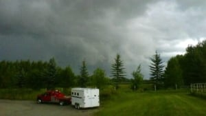 si-okotoks-storm-460