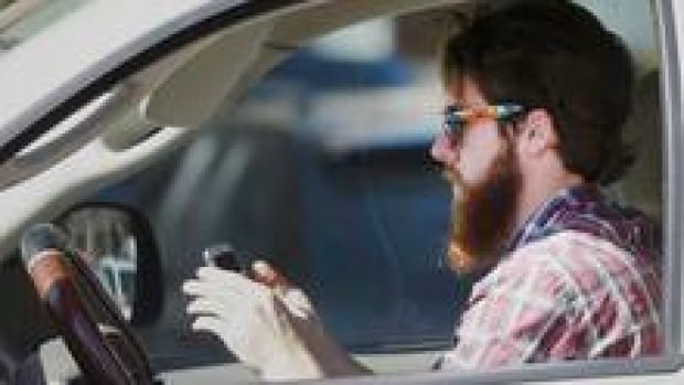 distracted-driver-852-3col