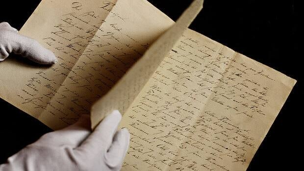 A newly found manuscript of the fairy tale The Tallow Candle, which has been located in Odense, is believed to be an early work by an 18-year-old Hans Christian Andersen.