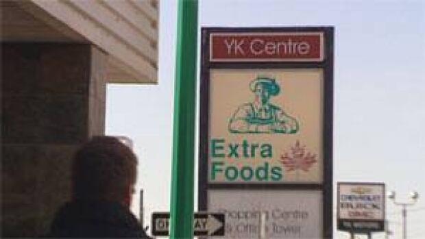 mi-extra-foods-yk-downtown
