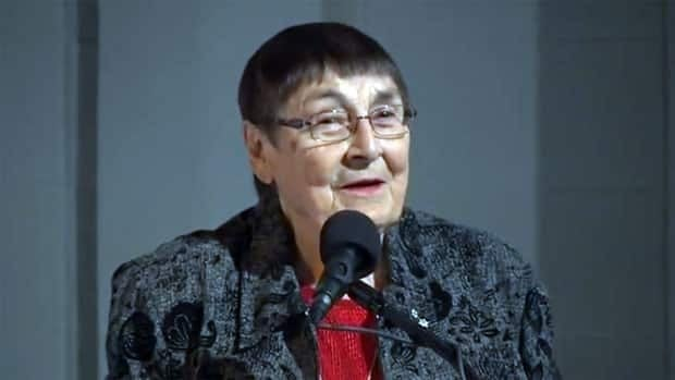 Sylvia Fedoruk, shown here speaking at an event in Saskatoon in 2011, was a member of the Saskatchewan research team which pioneered the use of cobalt radiation therapy.