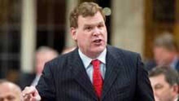 Canadian Foreign Affairs Minister John Baird commended Turkey on Thursday for stopping a possible shipment of weapons reportedly on its way to Syrian President Bashar al-Assad's regime.