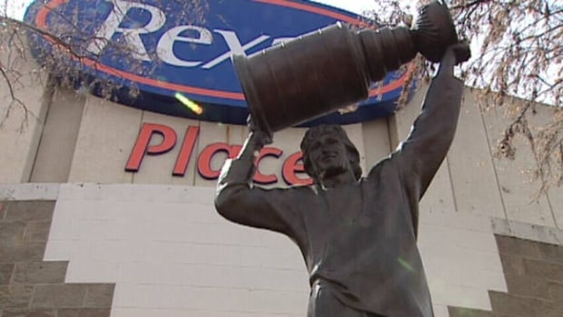 The Gretzky statue at Rexall Place will be moved downtown once the new arena opens, says Mayor Don Iveson.