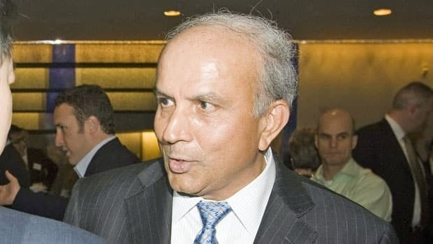 Fairfax Holdings CEO Prem Watsa, shown in 2009, has increased his holdings in the struggling BlackBerry maker to almost 10 per cent.