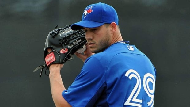 Dustin McGowan won the final spot in the Blue Jays' rotation and will start the club's home opener on April 4 against the New York Yankees.