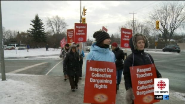 Notebooks and pencils were replaced with placards and picket lines in front of 60 of Ottawa's public elementary schools Wednesday as local teachers took part in a one-day strike to protest forced contract legislation.