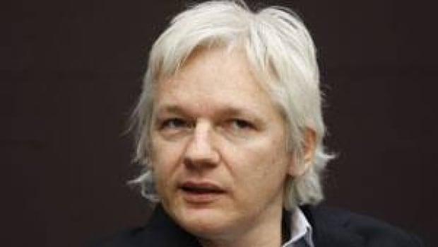 inside-assange-01787975