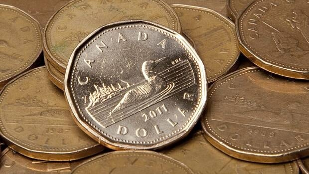 Currency analysts say the loonie is now the choice of international investors.