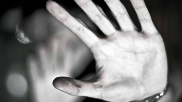 A recent report on deaths due to domestic violence points to failings of the justice system to properly assess the risk to victims, and to protect women, a Thunder Bay critic says.