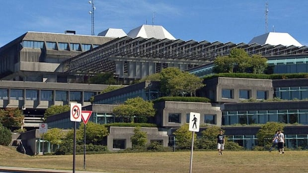 Siamak Saidi worked for SFU for less than two years, but in that time the chartered accountant was able to steal more than $800,000 from the Faculty of Science.