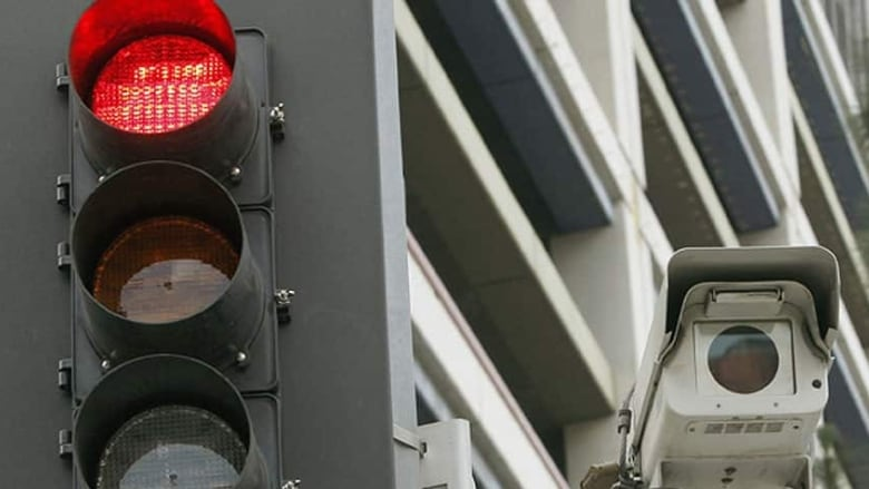 Red-light cameras find lots of Fredericton support, survey