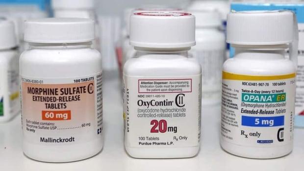 hi-oxycontin-opioid-pills-8