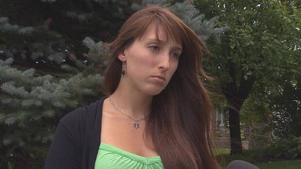 Valérie Couturier said she tried to talk the customer into taking a cab before calling the police to intervene.