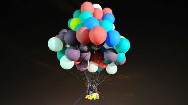 Jonathan Trappe, who is now trying to cross the Atlantic Ocean in a lifeboat lifted by more than 300 helium balloons, has practiced using such devices in the past.