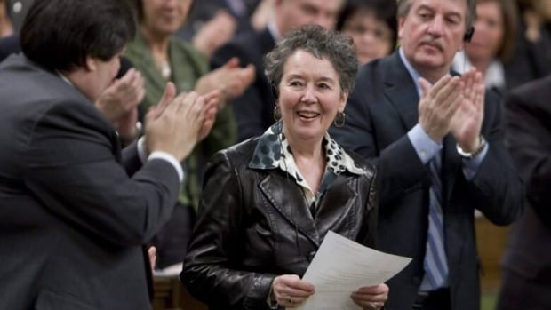 Bloc MP Francine Lalonde receives a standing ovation as she stands to question the government in 2009. (Adrian Wyld/CP)