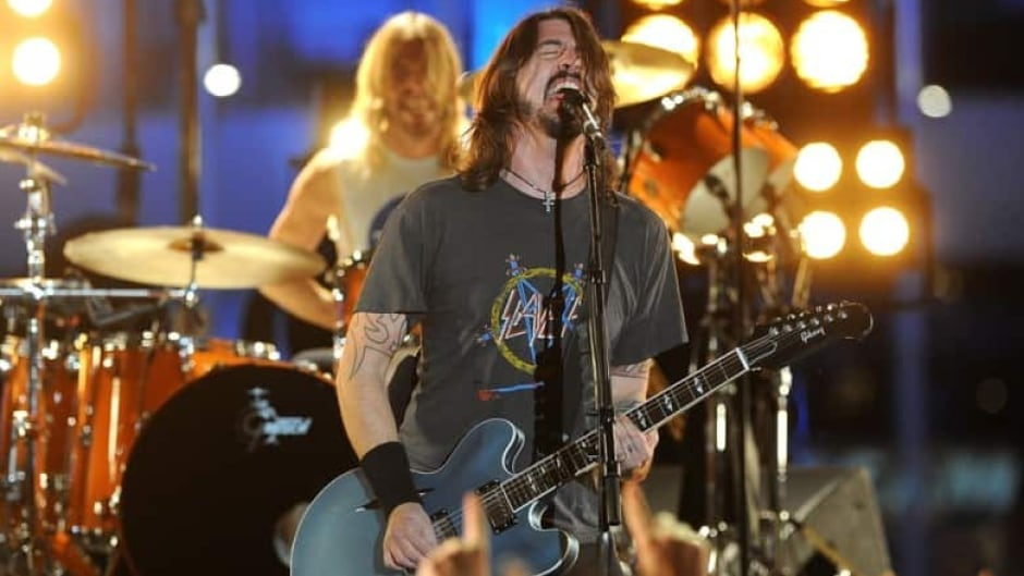Foo Fighters perform the song Walk from their album, Wasting Light, racking up 5 awards at the 2012 Grammys. (Jason Merritt/Getty)