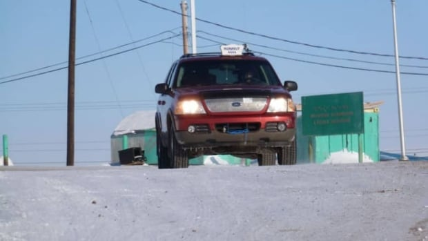 Cab companies in Iqaluit are still pressing to move fares from $6 to $7, but last night the city's taxi review board tossed the matter back to city council.