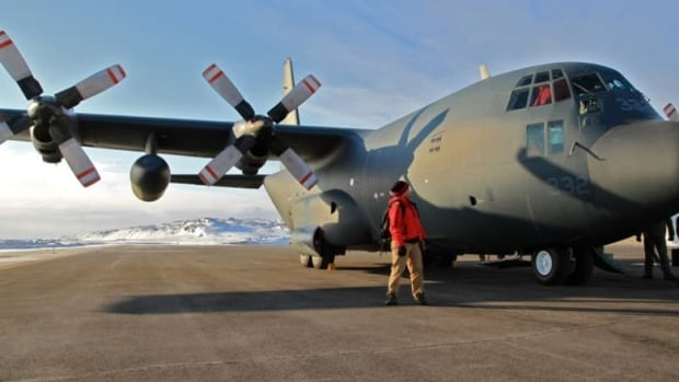 A C-130 Hercules on the tarmac at the Iqaluit airport. A similar aircraft is on its way to Rankin Inlet to help with the search for a 24-year-old hunter missing since Friday.