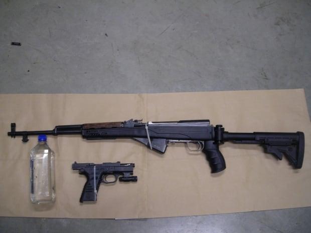 rcmp penticton guns