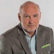 Photo of Neil Macdonald