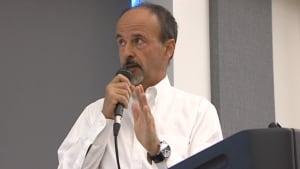 Actuary Robert Blais addresses pension coalition meeting
