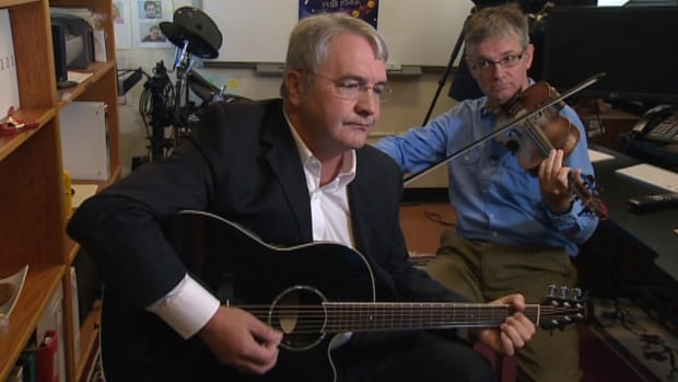 Minister of Education Clyde Jackman had the opportunity to participate in a long-distance education music class on Wednesday.