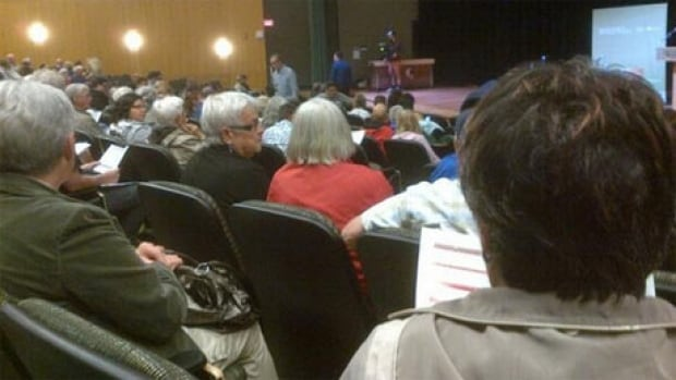 Big crowd turns out for sewage plant debate