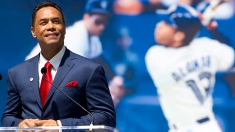 Roberto Alomar goes to bat for Edmonton's RE/MAX Field ballpark thumbnail