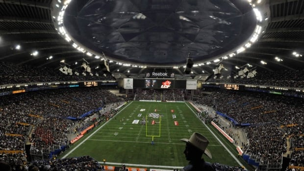 Alouettes chief operating officer Mark Weightman said the team opted for its outdoor field, Molson Stadium, over the domed Olympic Stadium because of concerns a snowfall could postpone the match in the Big O.