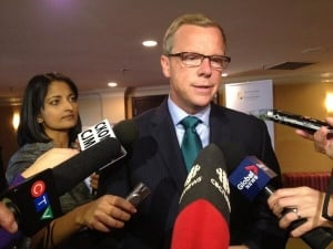 Brad Wall speaks to reporters in Saskatoon September 24, 2013