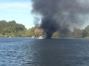 Hamilton Harbour boat fire
