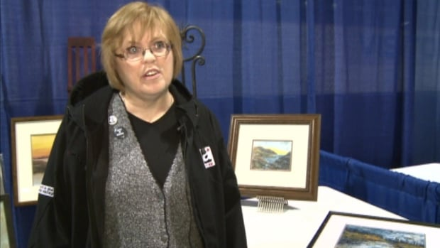 Art Ex-volunteer-Joann-Maeck-20130927