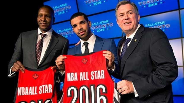Toronto Raptors GM Masai Uriji (left to right), Raptors global ambassador Drake and Maple Leaf Sports and Entertainment President and CEO Tim Leiweke pose with jerseys after the announcement that thr Raptors will host the 2016 NBA All Star game at a news conference in Toronto on Monday September 30, 2013. THE CANADIAN PRESS/Frank Gunn