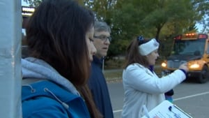 St. Albert students tally distracted drivers
