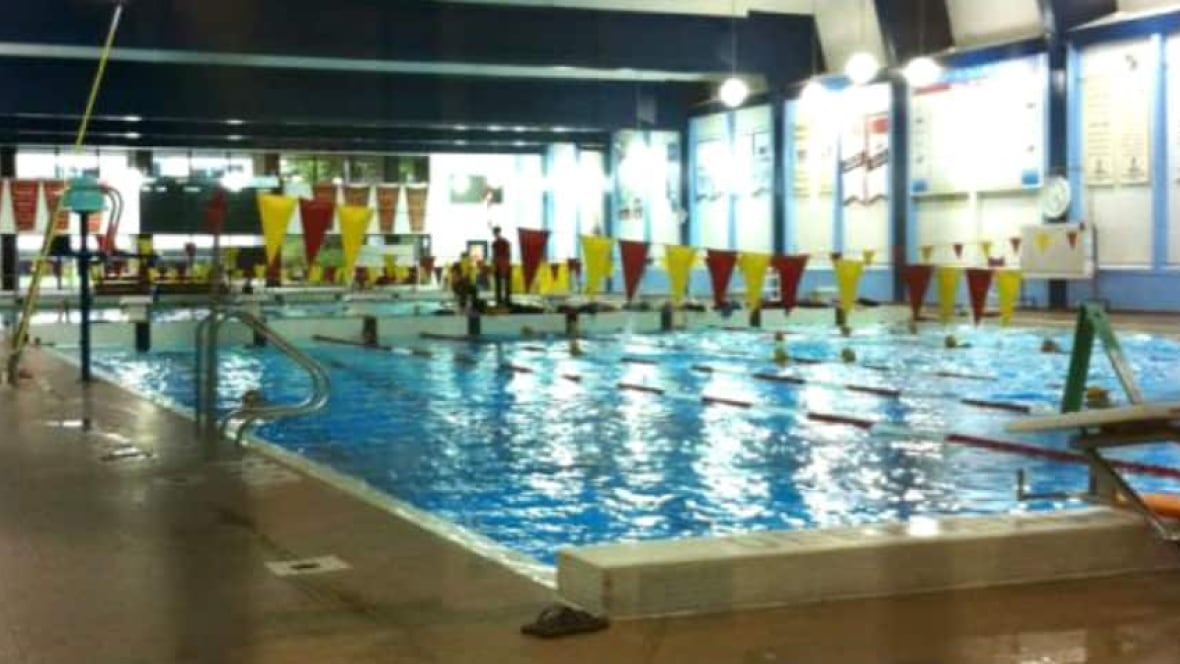 U Of C Pool Reopens After Intestinal Bacteria Found Calgary Cbc News