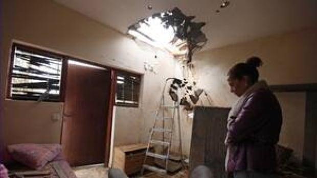 hi-israel-house-damage-4col
