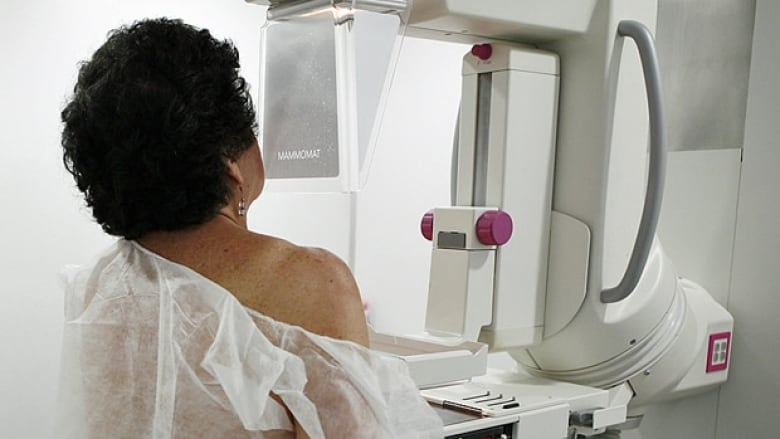 More Cancer Cases In Canada Projected As Aging Population Grows With Lung Cancer Still Deadliest Form Study Cbc News
