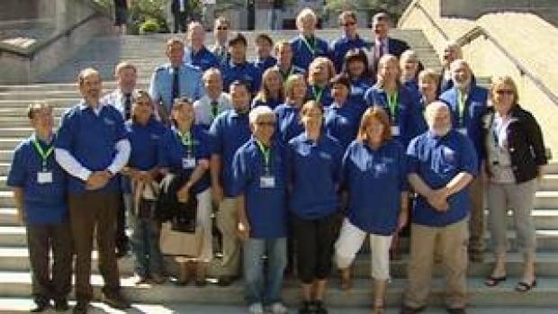 hi-bc-120801-vancouver-citizen-volunteers-4col
