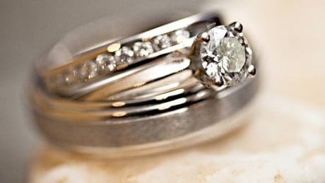 hi-engagement-ring-20120830